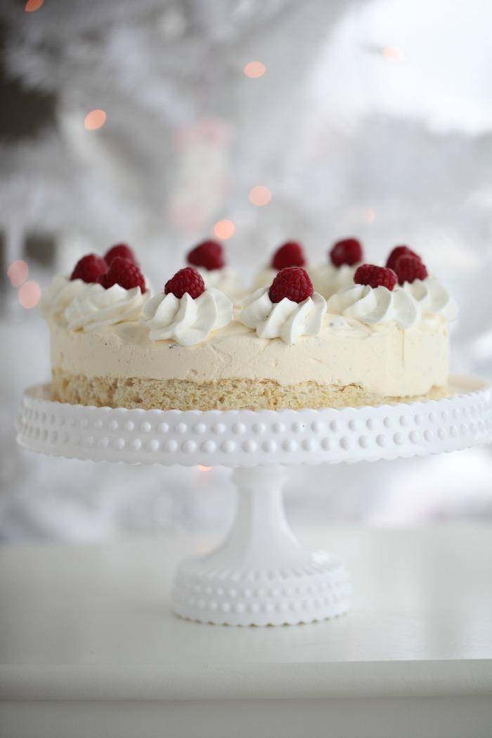 Delicious Oreo Ice Cream Cake
