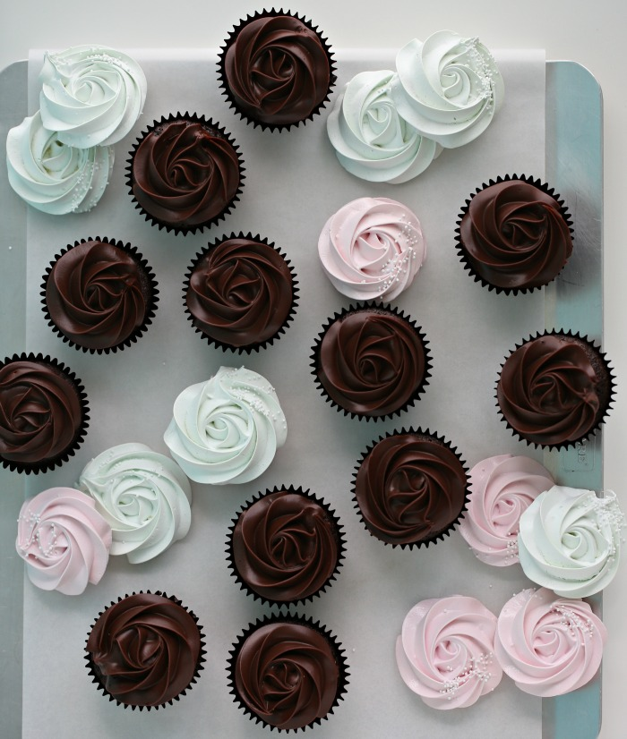 Manuela's Diner episode 3, Sjokolade Cupcakes & Ganache