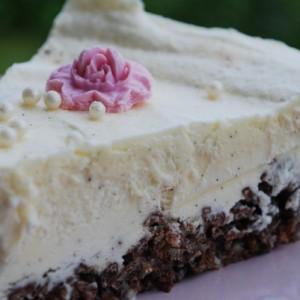 Vaniljebavaroise med Sjokolade Riscrisp -bunn