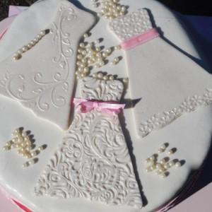 A Girlie … Pink wedding cake
