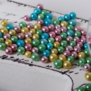 Metallic perler i forskjellige farger