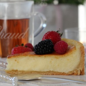 Flan boulanger, with fresh berries