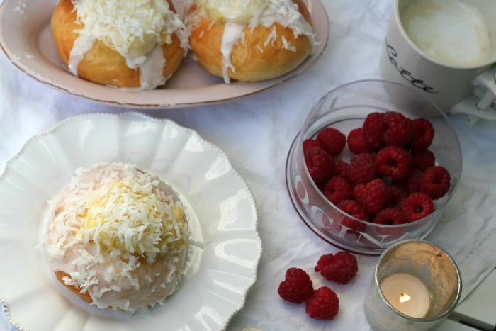 Deluxe Vanilla Buns with Vanilla pastry cream and coconut