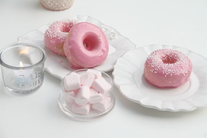 Delicious Baked Vanilla Donuts