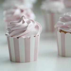 Sweet Pink Marshmellow Cupcakes