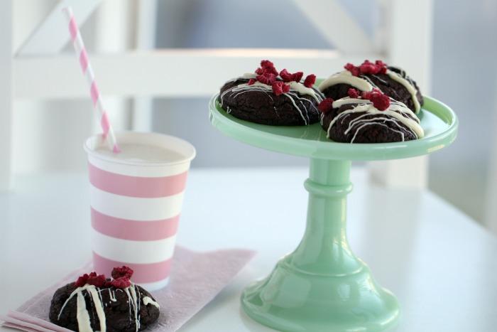 Raspberry & Oreo Cookies