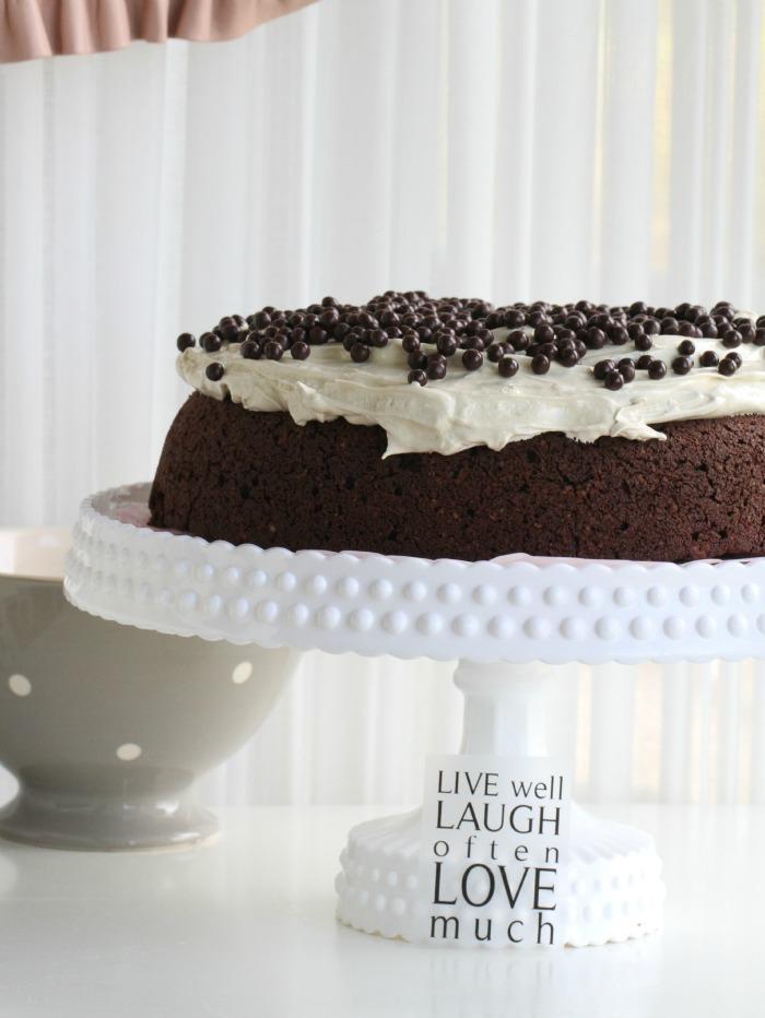 Moist Chocolate Cake & Mocca Icing