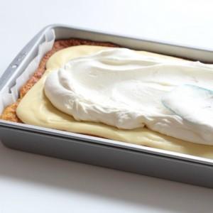Vanilla sheet cake