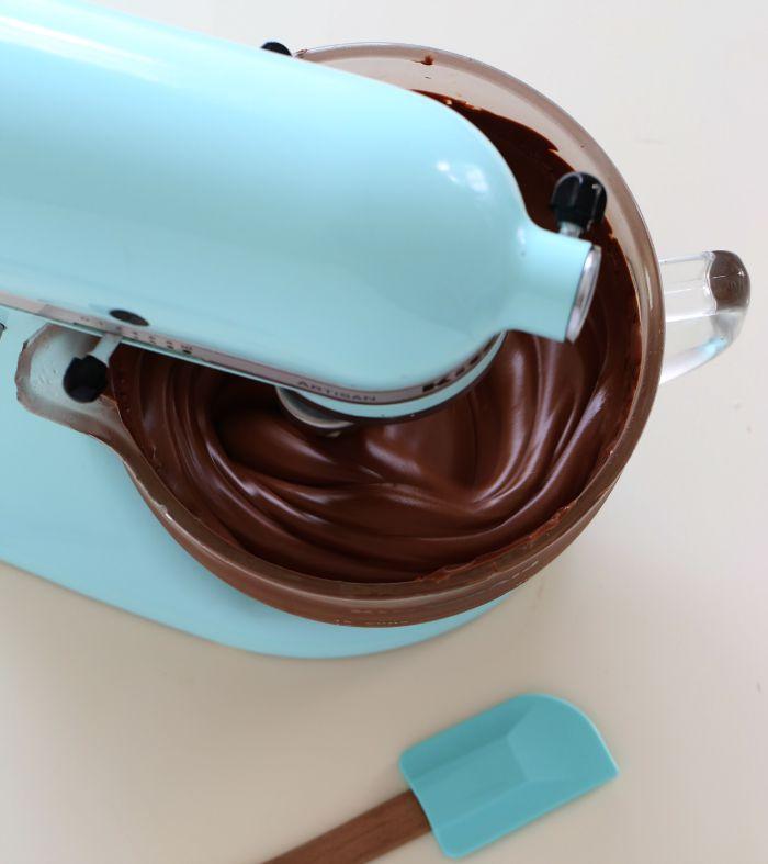 Silky Caramel Frosting