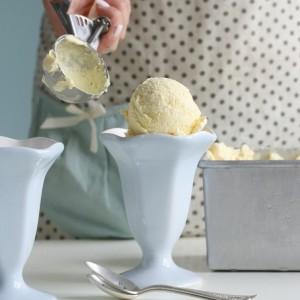 Passion fruit ice cream