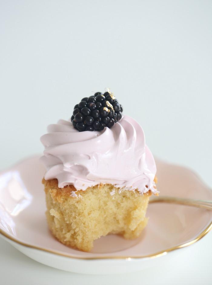 19_Gluten free vanilla cupcakes