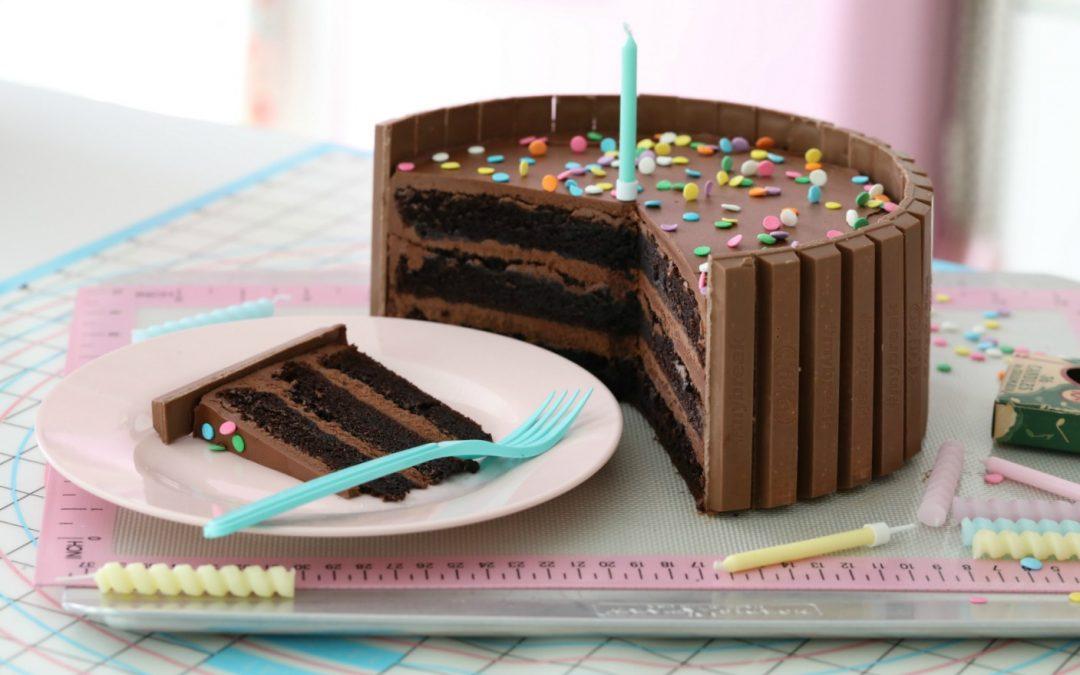 DARK CHOCOLATE CONFETTI KIT KAT CAKE