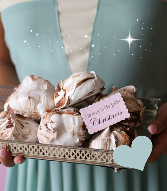 Christmas chocolate Meringues