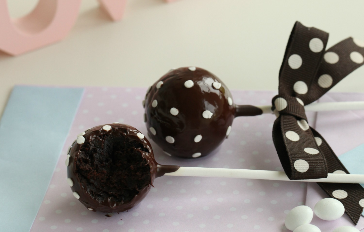 brownie cake pops polka dots brownie pops 4 baking get inspired 2094