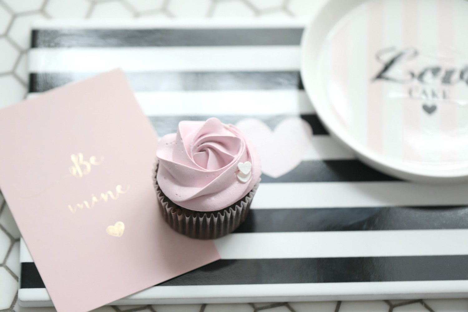 CHOCOLATE CUPCAKES WITH PINK VANILLA FROSTING - Passion 4 baking ...